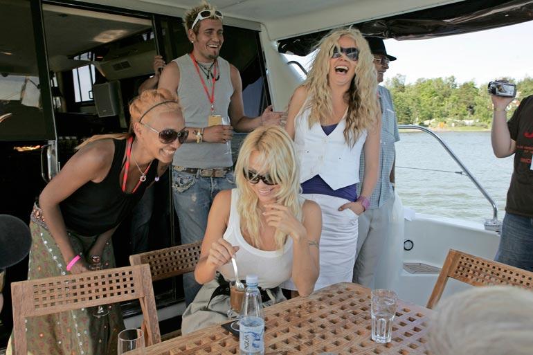 Juhlissa olivat mukana myös muun muassa Tea Khalifa, Susanna Laine ja Kalle Keskinen.