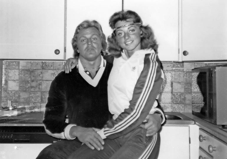 Kimmo ja Kike muuttivat ensimmäiseen  yhteiseen kotiinsa  Turussa 1976. Naimisiin pari meni kahta  vuotta myöhemmin.