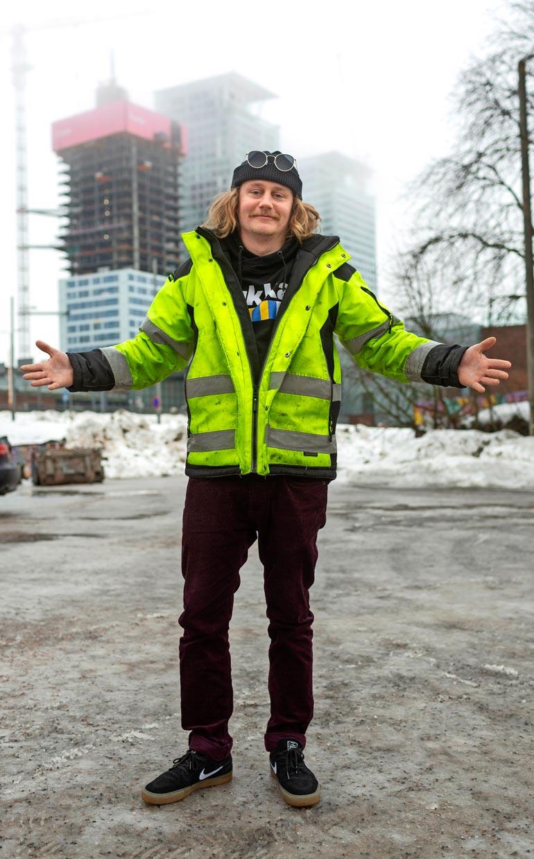 Itä-Helsingissä  asusteleva yrittäjä  uskoo, että hänen unelmatyönsä voisi liittyä esiintymiseen. – Nautin viime syksyn BB-kommentaattorin pestistä, hän perustelee.