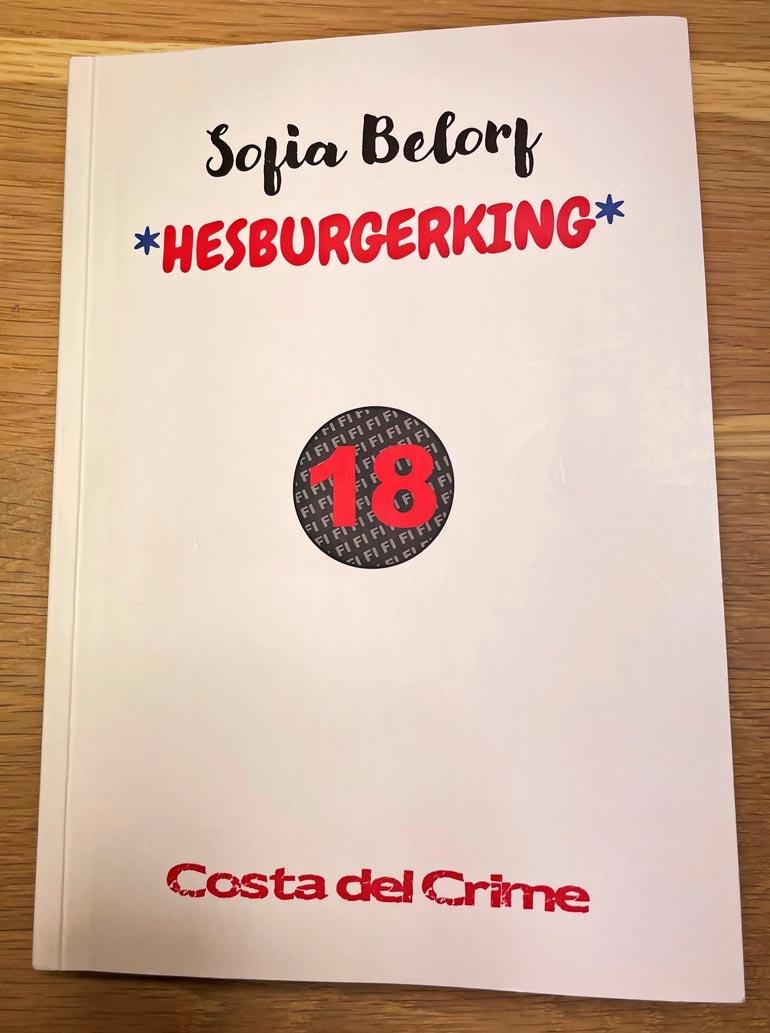 Hesburgerking-kirja on myynnissä jo useissa verkkokaupoissa, mutta Suomalainen kirjakauppa veti sen pois myynnistä, kun kuuli Sofian nimeä  käytetyn väärin.