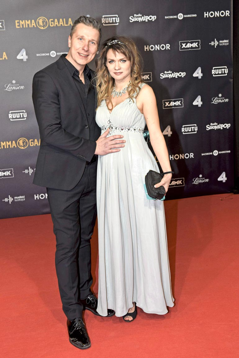 Janne sai Talent-ohjelmasta tutun Britney  Spears -imitaattorin  Anna Orkolan kanssa  lapsen kesällä 2019.