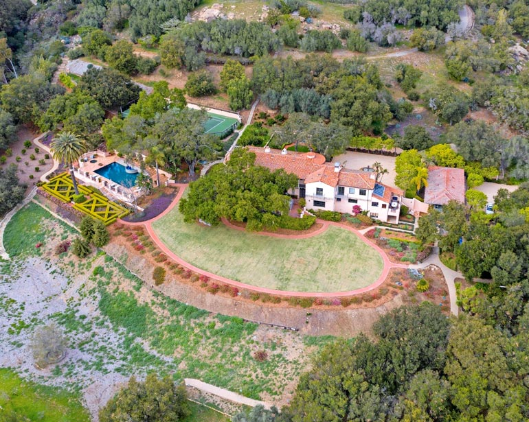Orlandon ja Katyn uusi Montecitonkartano on lapsiystävällisempi asuinympäristö kuin Beverly Hillsin poikamiesboksi.
