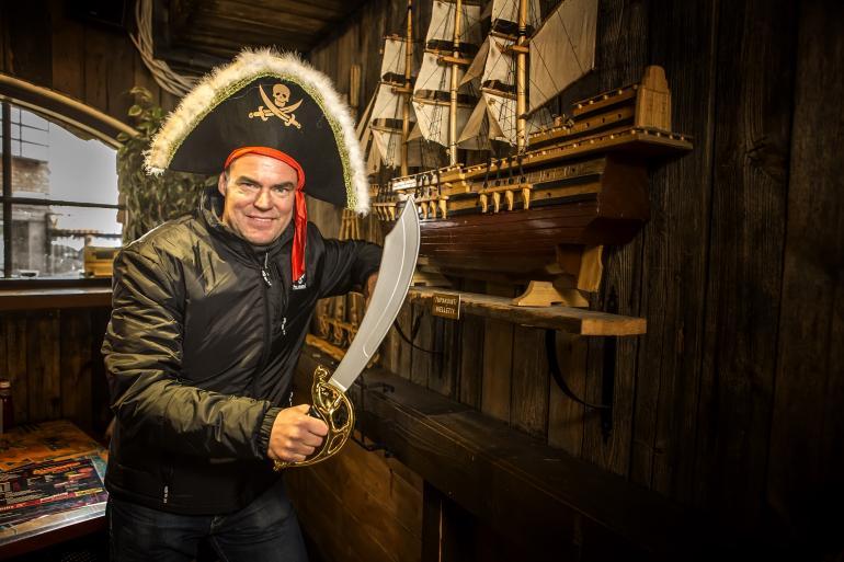 Raimo Helminen Hook