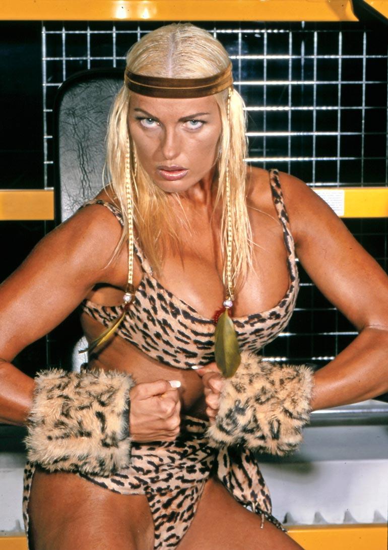 Näyttävä vaaleaverikkö muistetaan Gladiaattorit-tv-sarjasta. Marianne on menestynyt myös fitnesskisaajana.