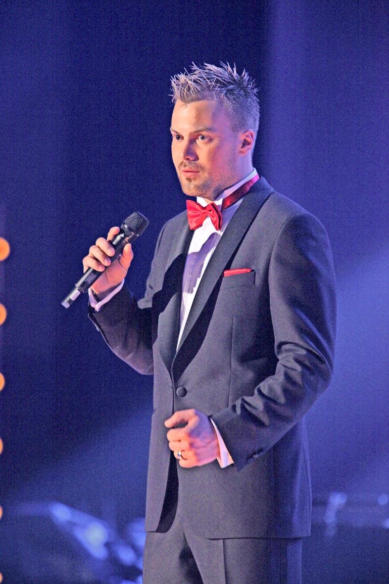 Heikki Koskelo joutuu korvaamaan Claralle kärsimyskorvauksina 700 euroa. Lisäksi hän joutuu maksamaan osapuolien oikeudenkäyntikulut.