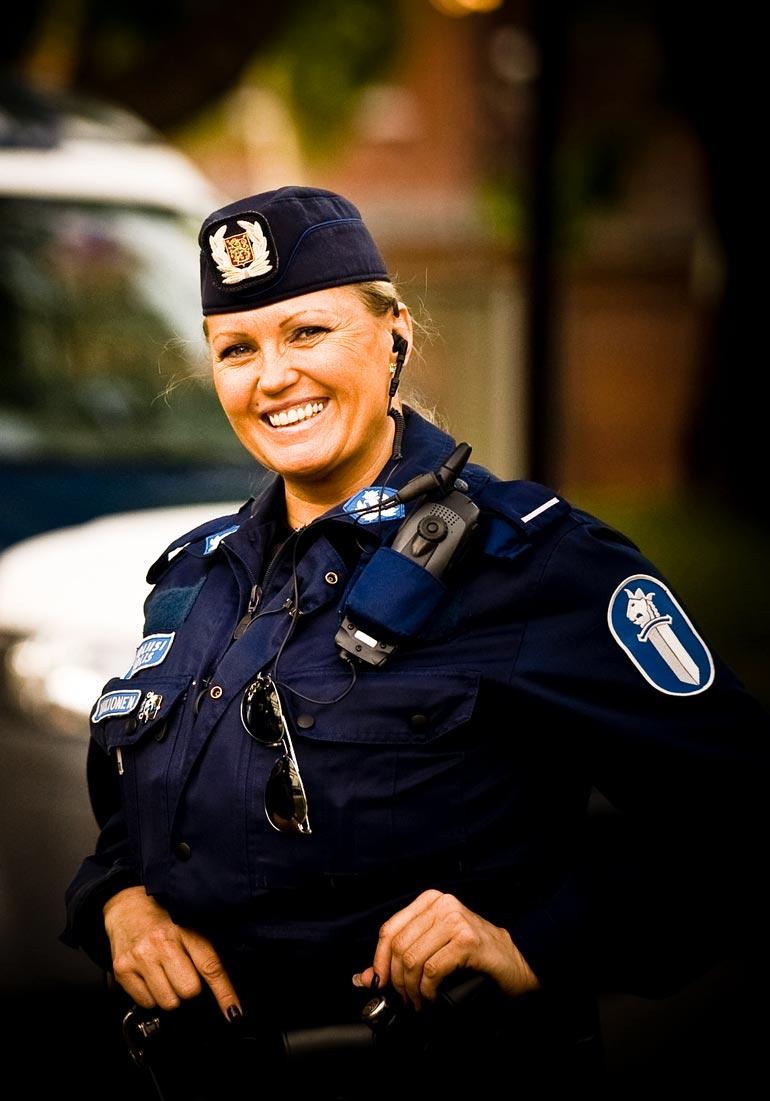 – Poliisin ammatti oli unelmani. Olen iloinen, että sain tehdä kutsumustyötäni 15 vuotta.