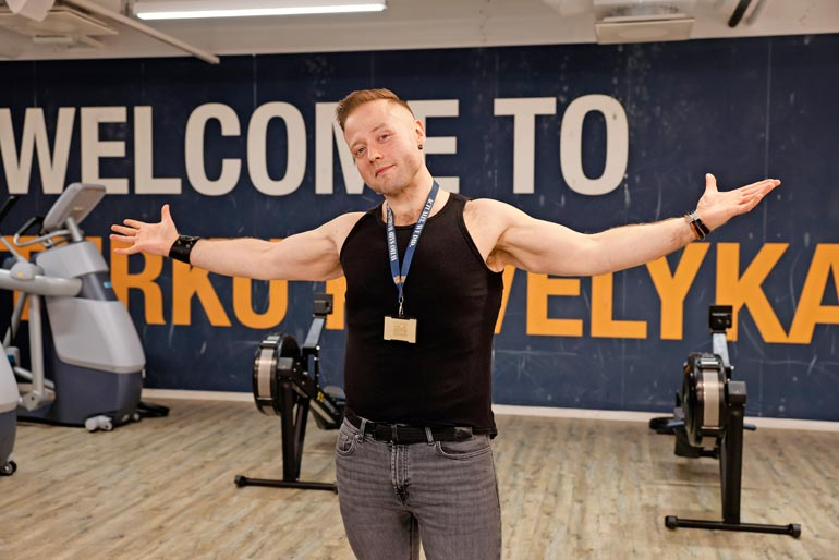 – Nykyään painoni pysyttelee 85 kilon tuntumassa, ahkerasti treenaava Tony kertoo.