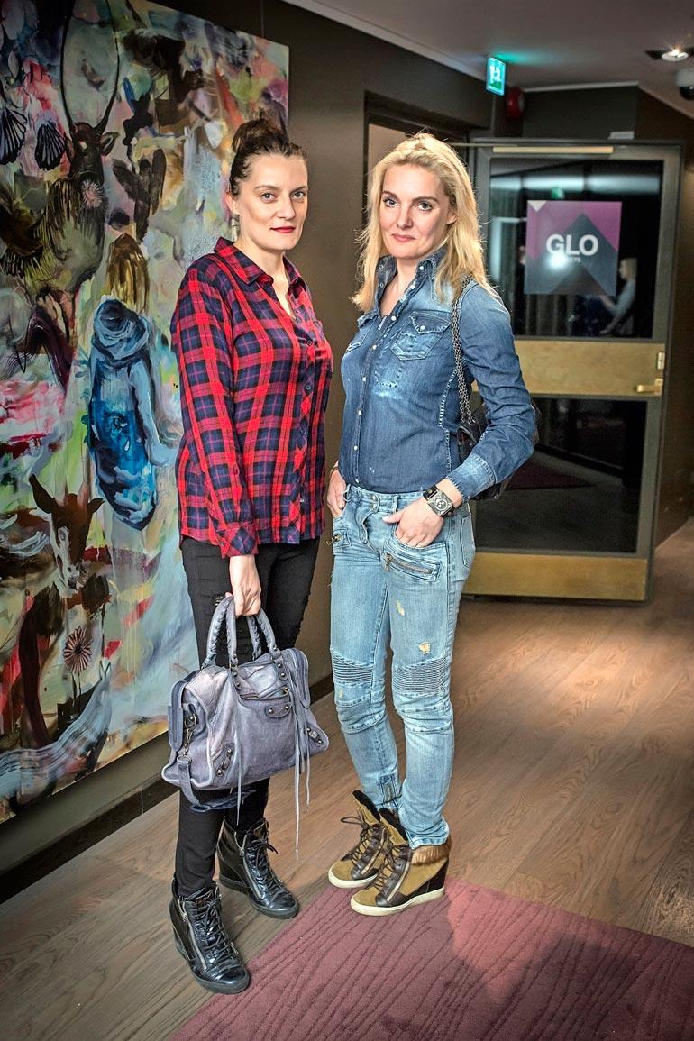 Karin nuoremmat tyttäret Karina ja Klara ovat esiintyneet julkisuudessa jo vuosikymmeniä.