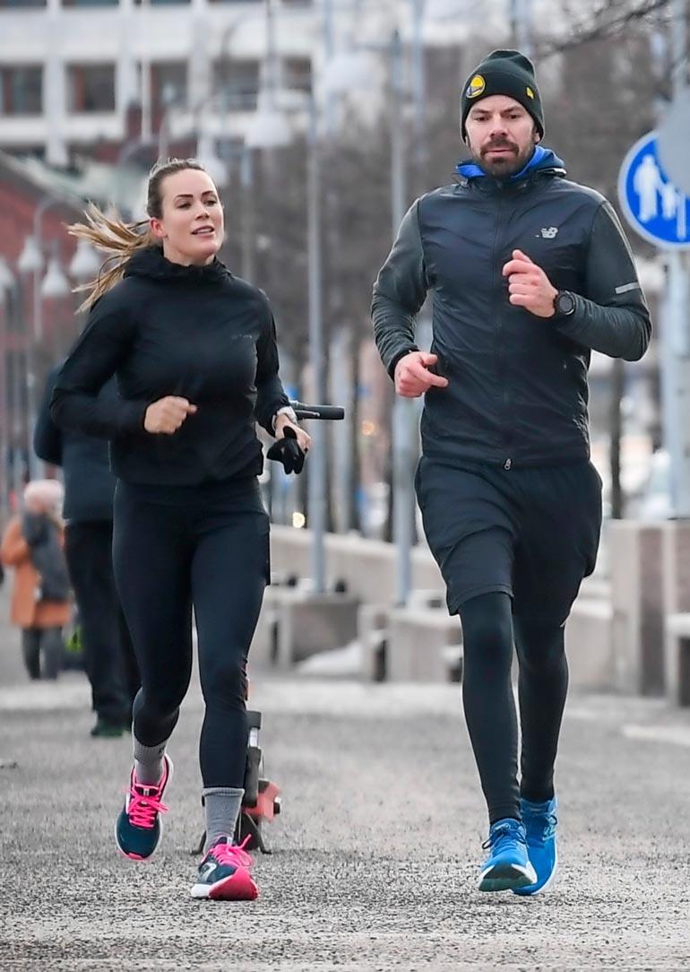 Martina Aitolehti ja Hannu Pikkarainen