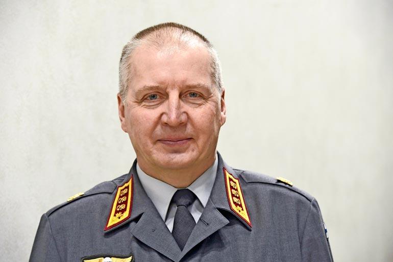 Idan Petri-isä työskentelee puolustusvoimissa.