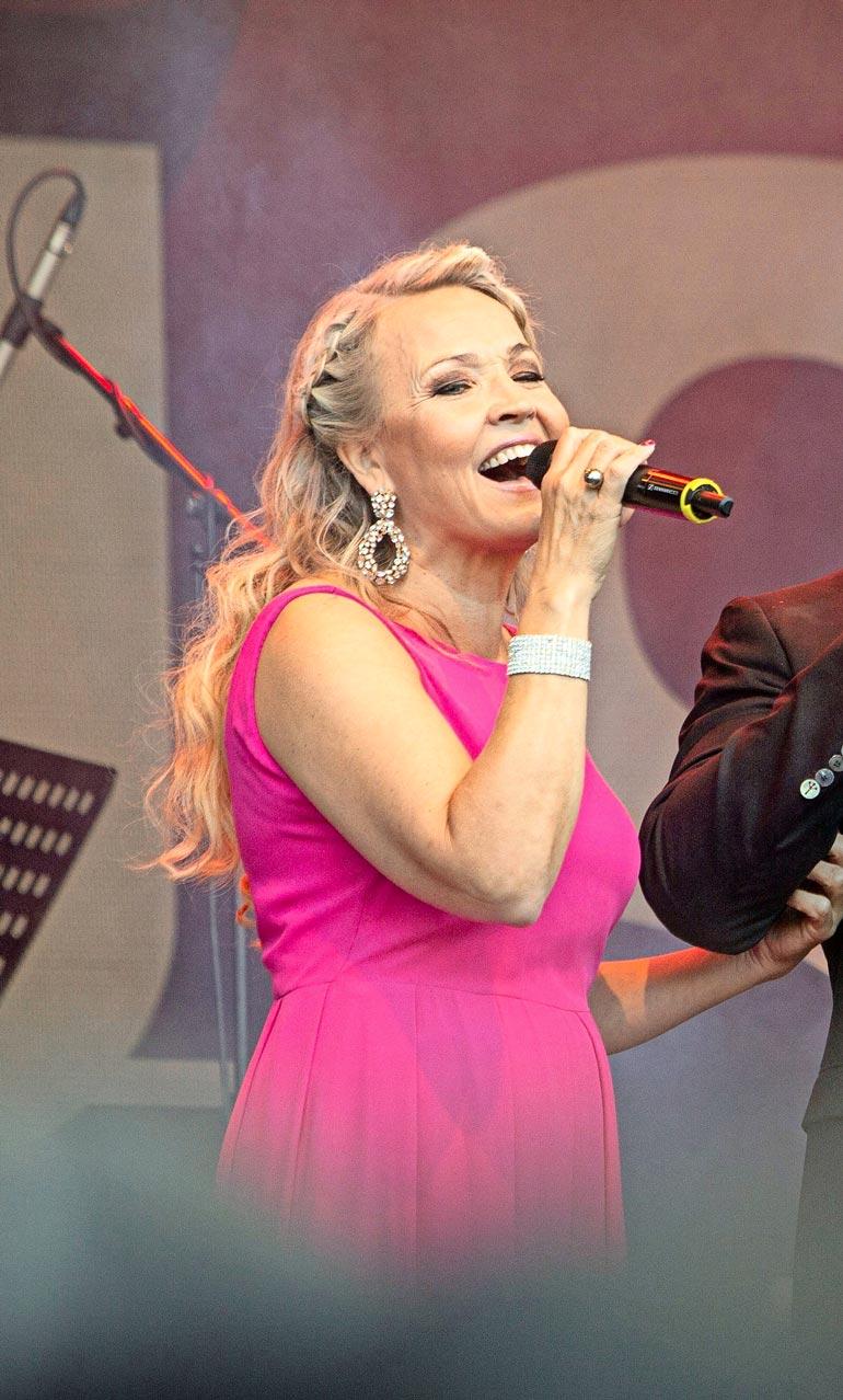 Marita on ollut suomalaisten lavasuosikki vuoden 1995 tangokuningattaruudestaan lähtien.