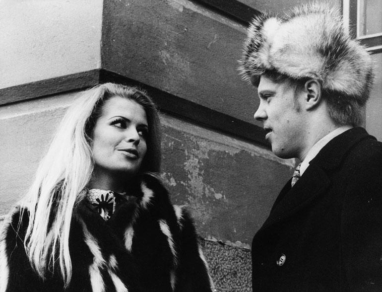 Leena Brusiin näytteli Vesa-Matti Loirin rinnalle Spede Pasasen elokuvassa Jussi Pussi vuonna 1970.