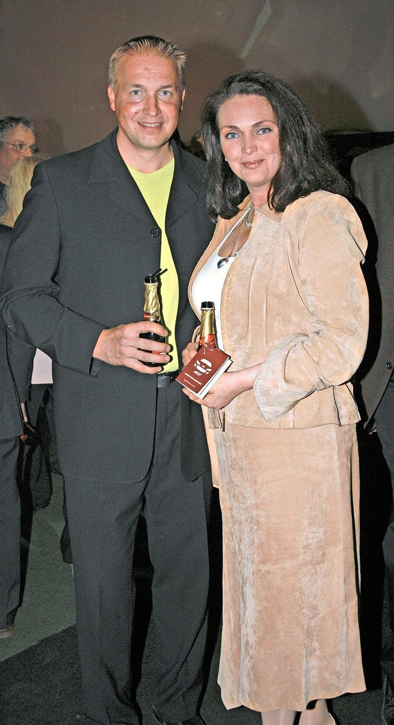 Tony muistetaan myös avioliitostaan vuoden 1981 Miss Suomen Merja Varvikon kanssa.