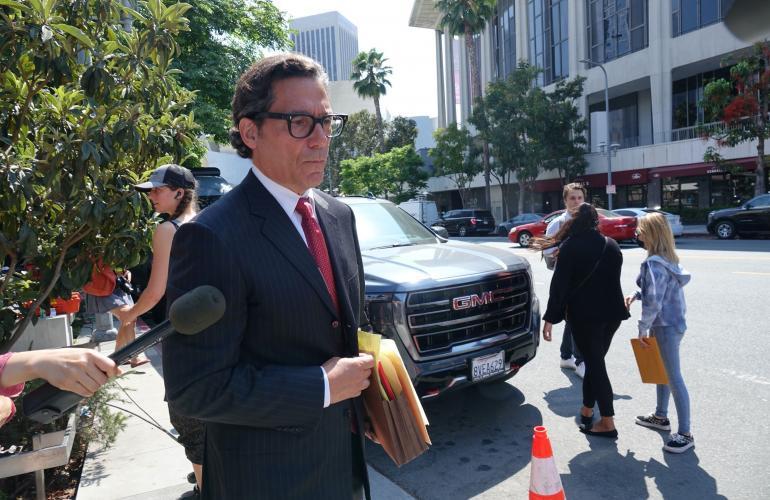 Mathew Rosengart on edustanut uransa aikana muun muassa ohjaaja Steven Spielbergia ja näyttelijä Ben Affleckia.