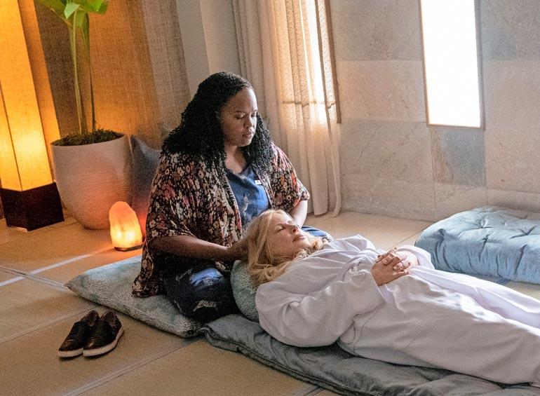 Jenniferin roolihahmo Tanya kaipaa rakkautta.