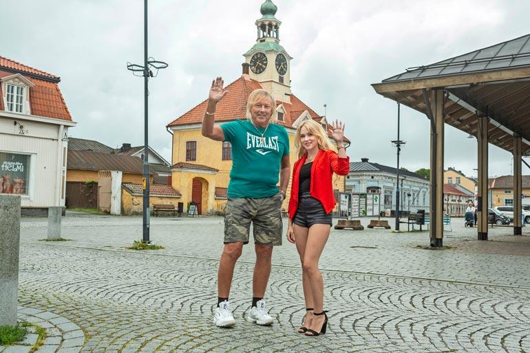 Vanha Rauma kuuluu Unescon maailmanperintökohteisiin ja Museoviraston merkittäviin kulttuuriympäristöihin. – Tämä on ehdottomasti koko kaupungin sydän, Danny ja Helmi tietävät.