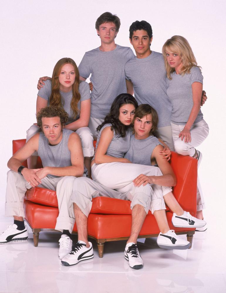 Hollywood-pariskunta tapasi ensimmäisen kerran vuonna 1998 70's Shown kuvauksissa. Mila ja Ashton istuvat kuvassa sylikkäin.