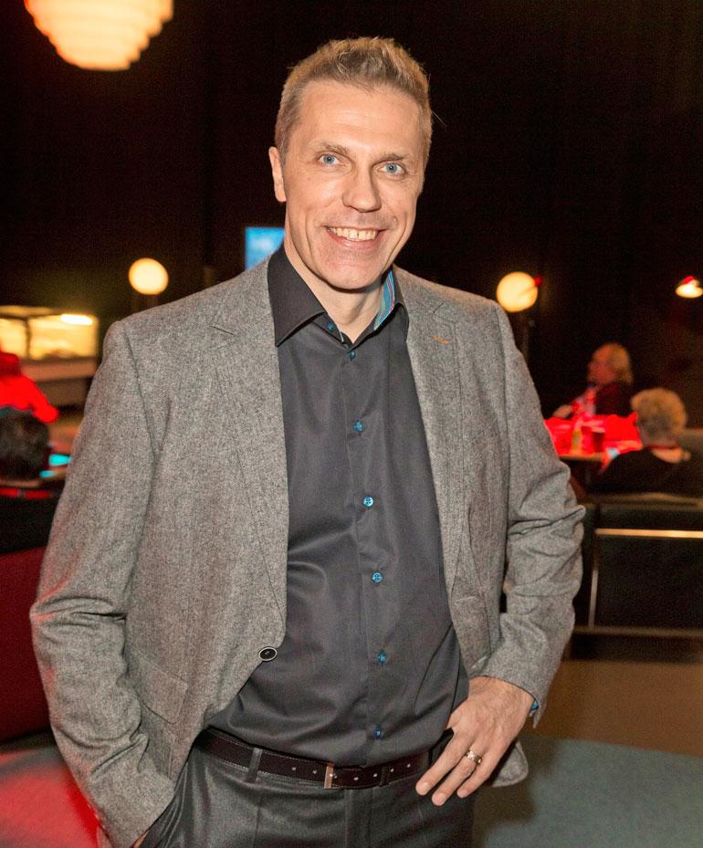 Jari Sarasvuo on vieraana Tuomas Enbusken podcastin tuoreimmassa jaksossa.