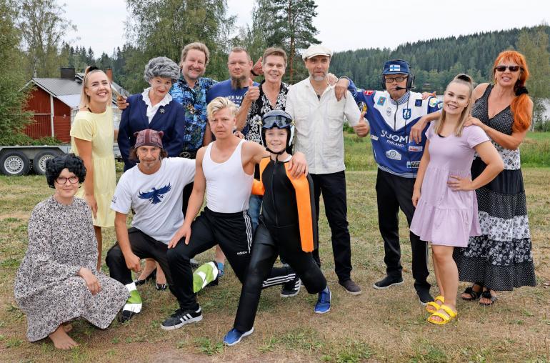 Tällä porukalla syntyy Matti Nykäsestä kertova laulunäytelmä Elämä on laiffii. Vauhdikas show pyörii Jyväskylässä Ränssin Kievarissa.