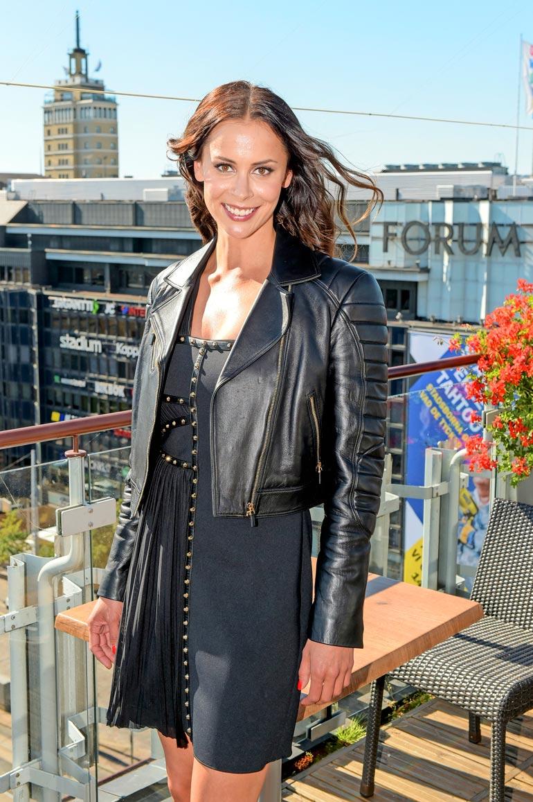 Jenni oli aikaisemmin naimisissa F1-tähti Kimi Räikkösen kanssa.