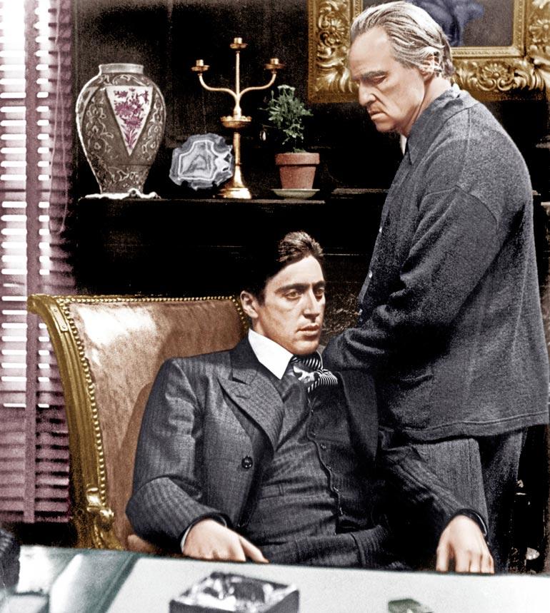 Leffaklassikko Kummisetää tähdittivät Marlon Brando ja Al Pacino.