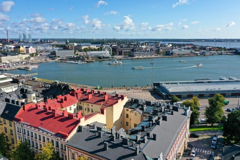 Uudelta asunnolta aukeaa upeat merinäköalat Helsingin vanhaan satamaan.