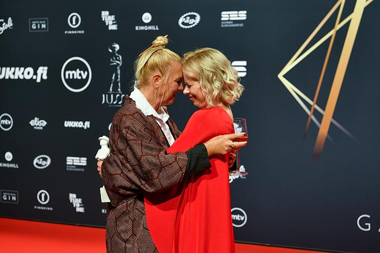 Linda Wassberg ja Alma Pöysti
