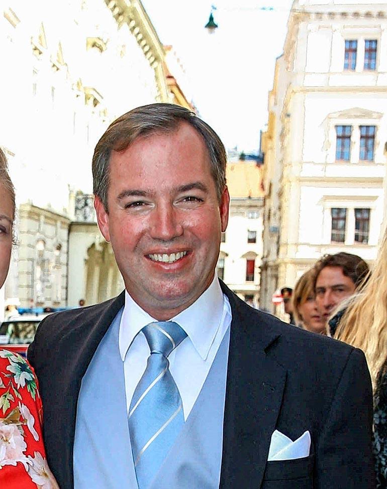 Guillaume jatkoi Tukholmasta Wieniin, jossa vietettiin hänen serkkunsa, Liechtensteinin prinsessa Maria Anunciatan häitä.