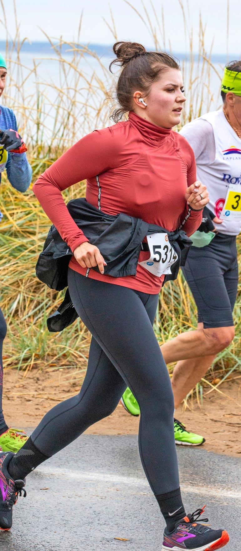 Suvi juoksi viime vuonna puolimaratonin ja aikoo osallistua kisaan taas ensi vuonna.