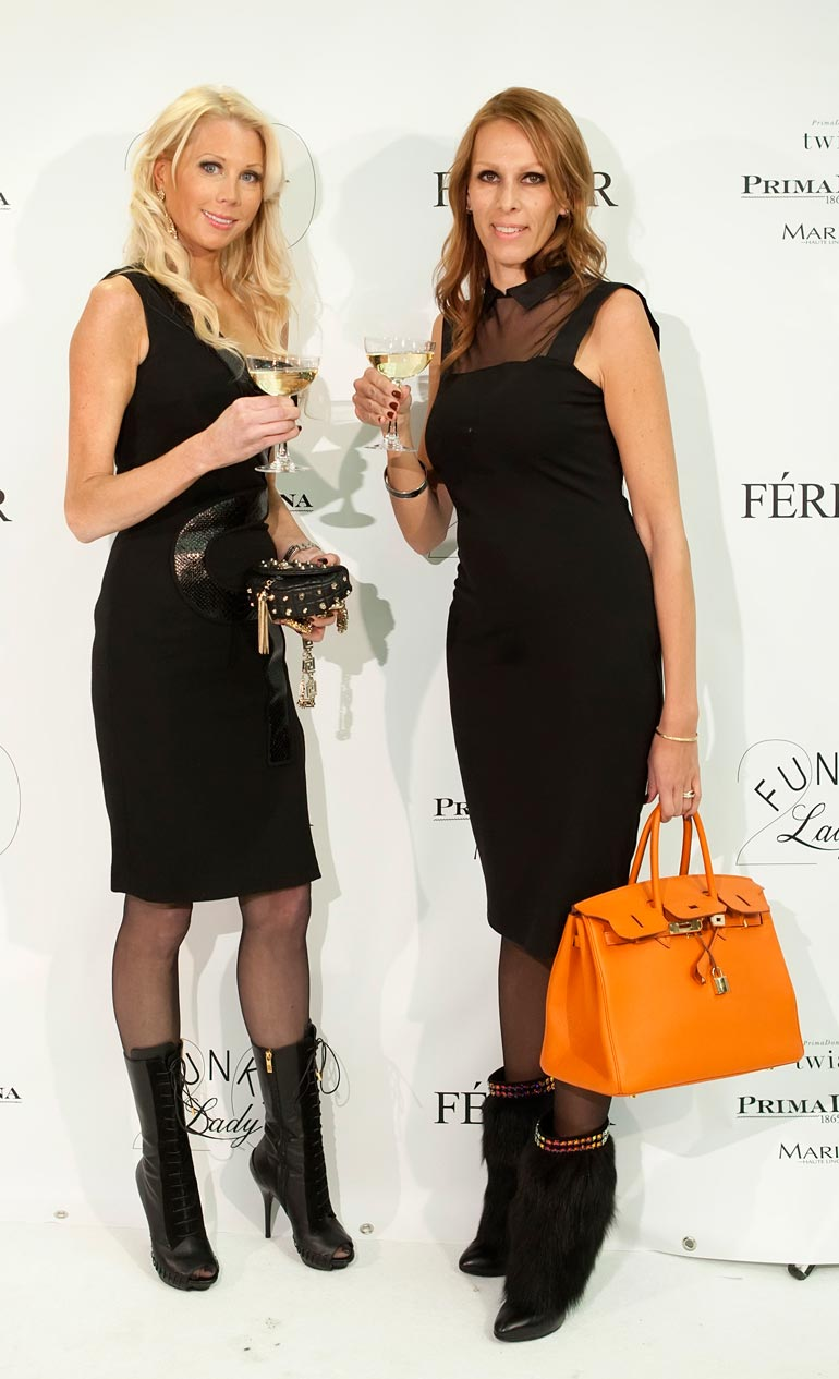 Maria Alanen ja Nina Grekin tähdittivät Liv-kanavalla esitettyä Miljonääriäidit-sarjaa.
