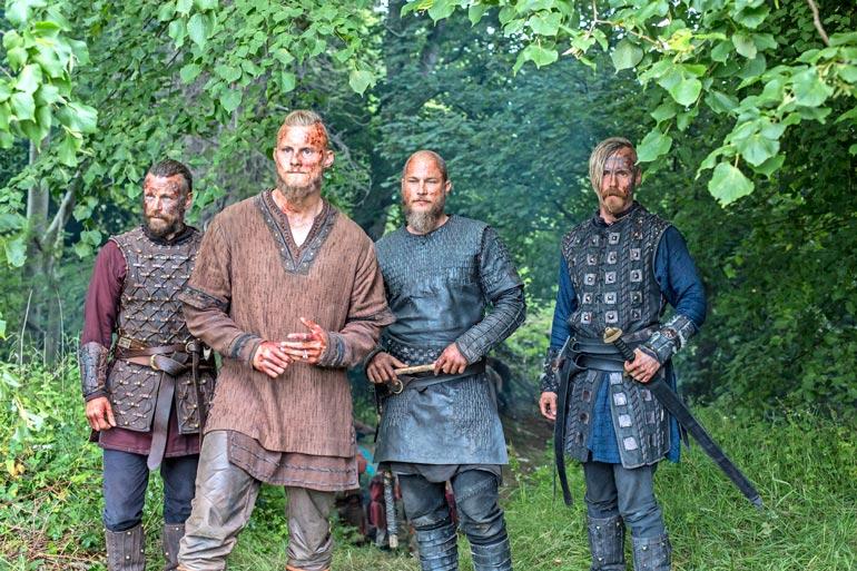 Kansainvälisesti tunnetuimpiin suomalais-näyttelijöihin lukeutuva Peter muistetaan muun muassa HBO:n menestyssarja Vikingsistä.
