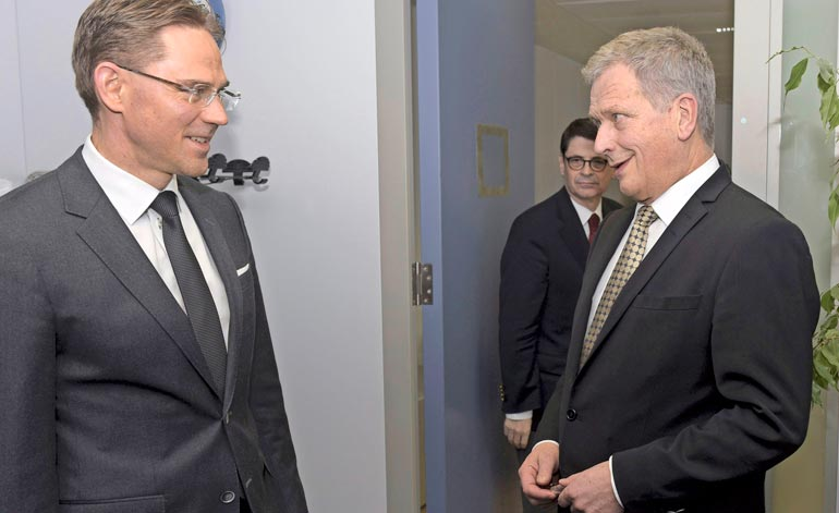 Sauli Niinistö valittiin tasavallan presidentiksi Jyrkin pääministerikaudella. Herrojen välillä on ollut erimielisyyksiäkin, kun Jyrki jätti Saulin ulos hallituksesta 2007.