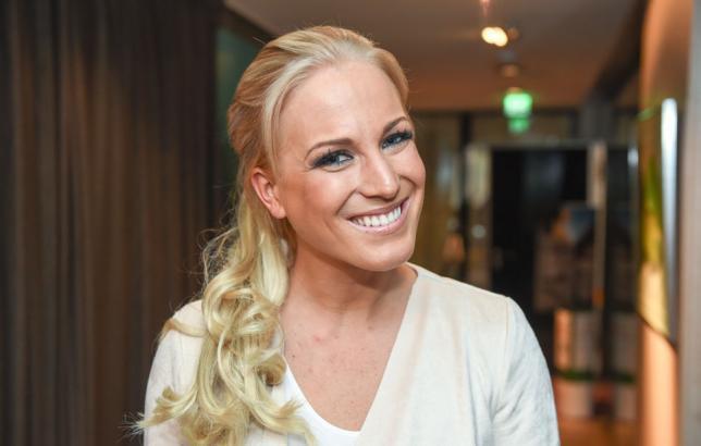 Nanna Karalahti Fitnesspäiväkirjat-ohjelman pressitilaisuudessa.