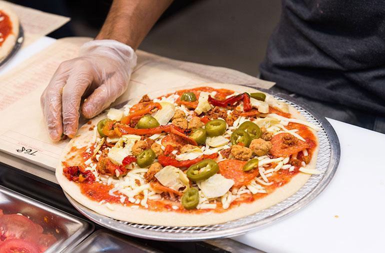 kuvituskuvaa pizzasta