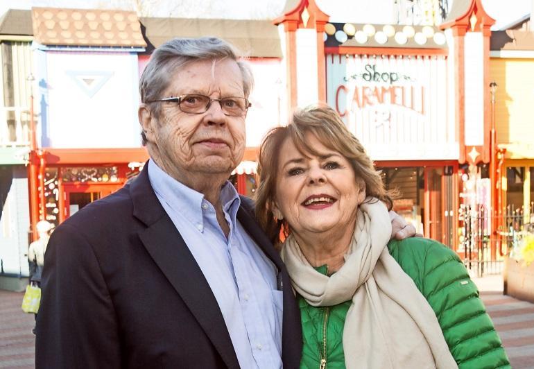 Pirkko Mannola ja Göran Stubb suuntaavat juhannukseksi pois Suomesta.