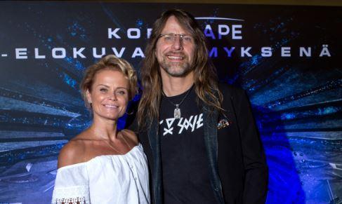Hanna Karttunen ja Jone Nikula ovat olleet yhdessä 7 vuotta.