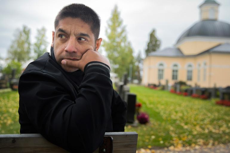 Dimitri Sjöberg poseeraa Seiskalle