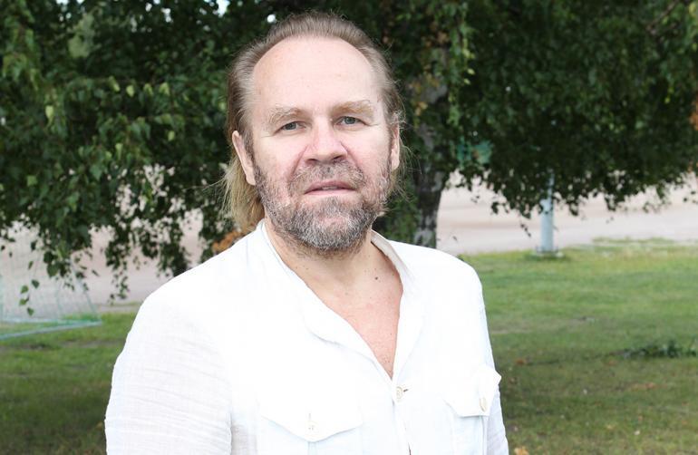 Jussi Parviainen puistossa.