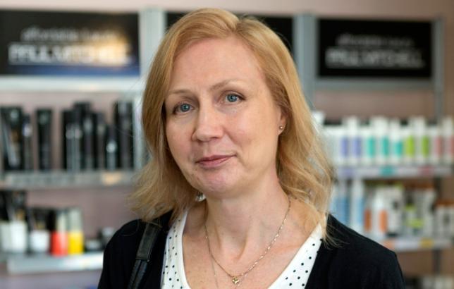Ohhoh, murhasyytteestä vapautettu Anneli Auer tienasi lähes 80 000 euroa! | Seiska