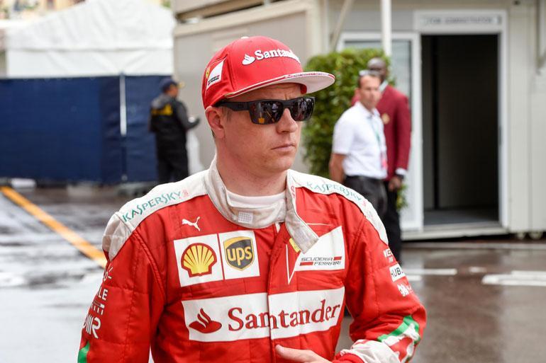 Kimi Räikkönen pisti venekaupat jäihin.