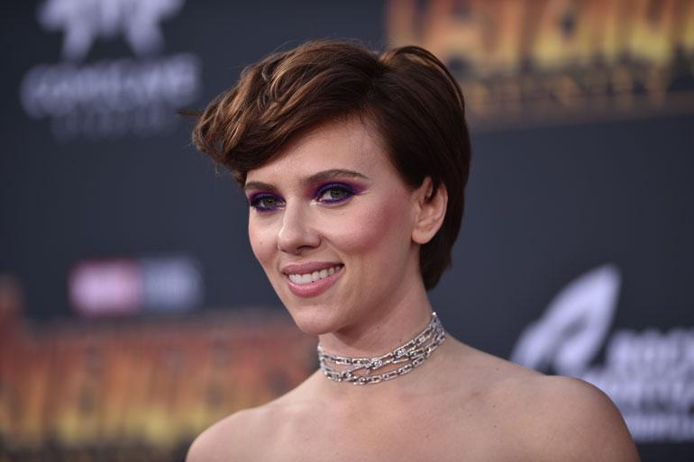 Scarlett Johansson Avengers: Infinity War -elokuvan ensi-illassa.