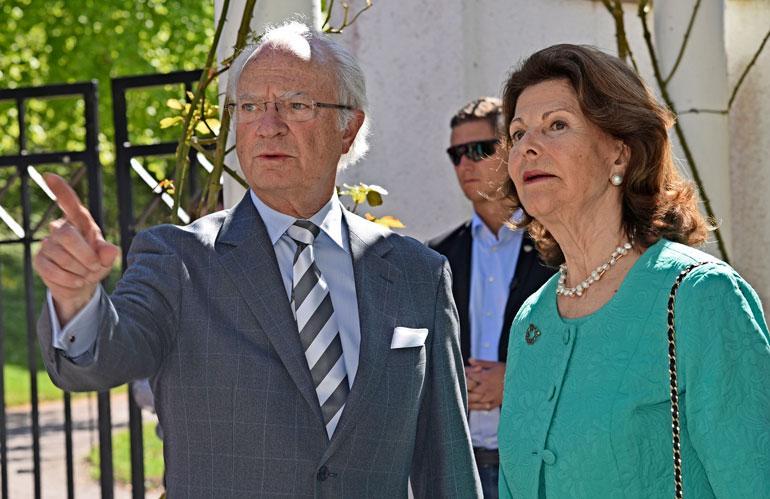 Ruotsin kuninkaallisten kruunut varastettiin.