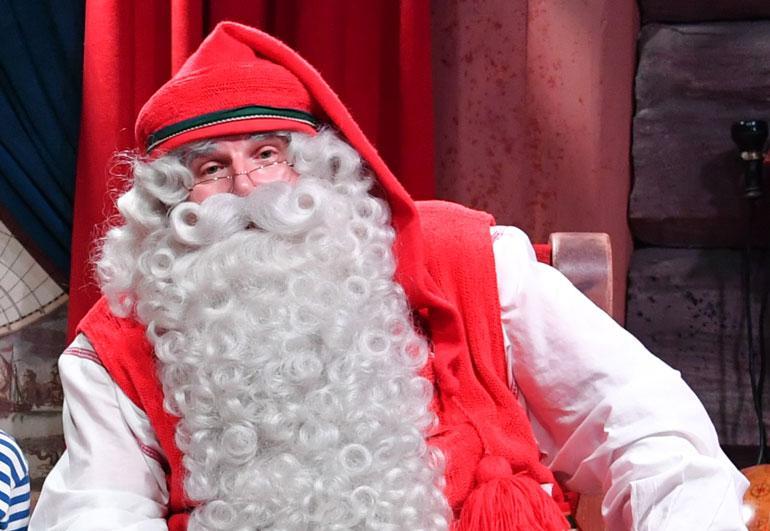 Joulupukki toivottaa hyvää joulua.