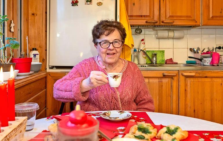 Meeri Gröönroos elää pienellä eläkkeellä.