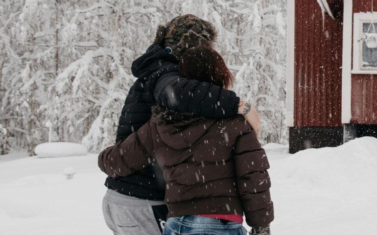 Antti ja vaimo pelkäävät henkensä puolesta.