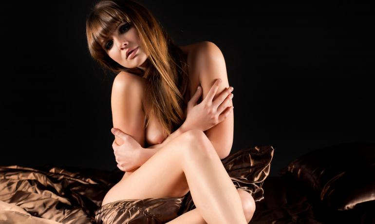 Elegantti, seksikäs kuva nostattaa itsetuntoa.