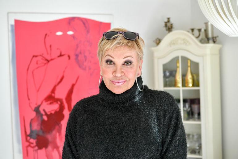 Hannele Lauri joutui antamaan elokuvaroolinsa toiselle näyttelijälle.