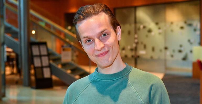 Valtteri Lehtinen näyttelee SYke-sarjassa.
