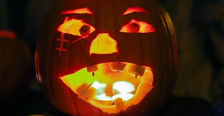 Halloweenina huomioidaan rinnat.