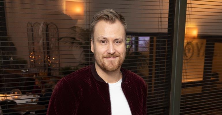 Heikki Paasonen tyrmää elämäkerran.